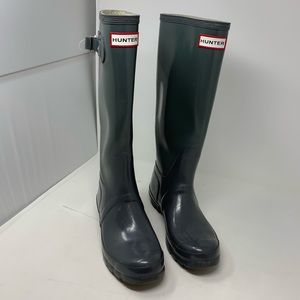 Hunter rubber boots size 7 gray